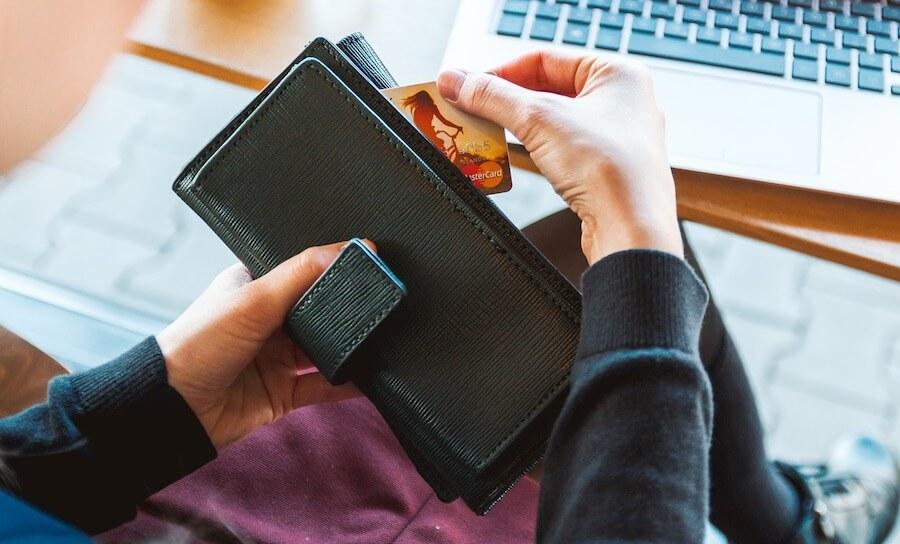 Ind- og udbetalingsmuligheder